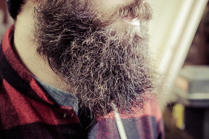 avere-la-barba-una-sega