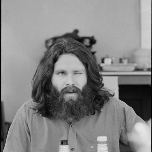 la barba di JIM-MORRISON